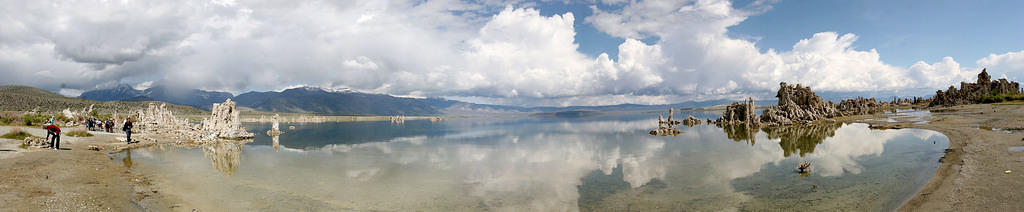 Lake Mono panorama at Navy Beach, with tourists