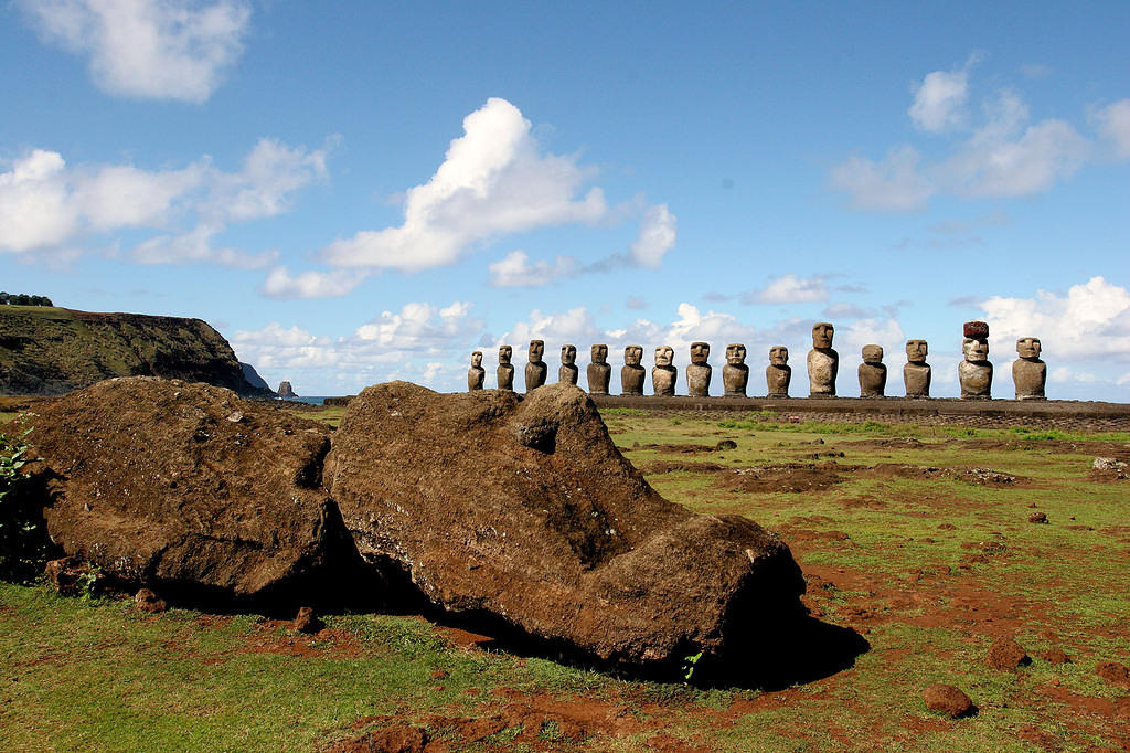 Fallen moai at Ahu Tongakiri.